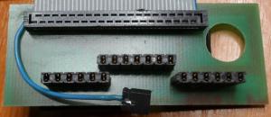 Interný SCSI kábel - Spodná strana konektora